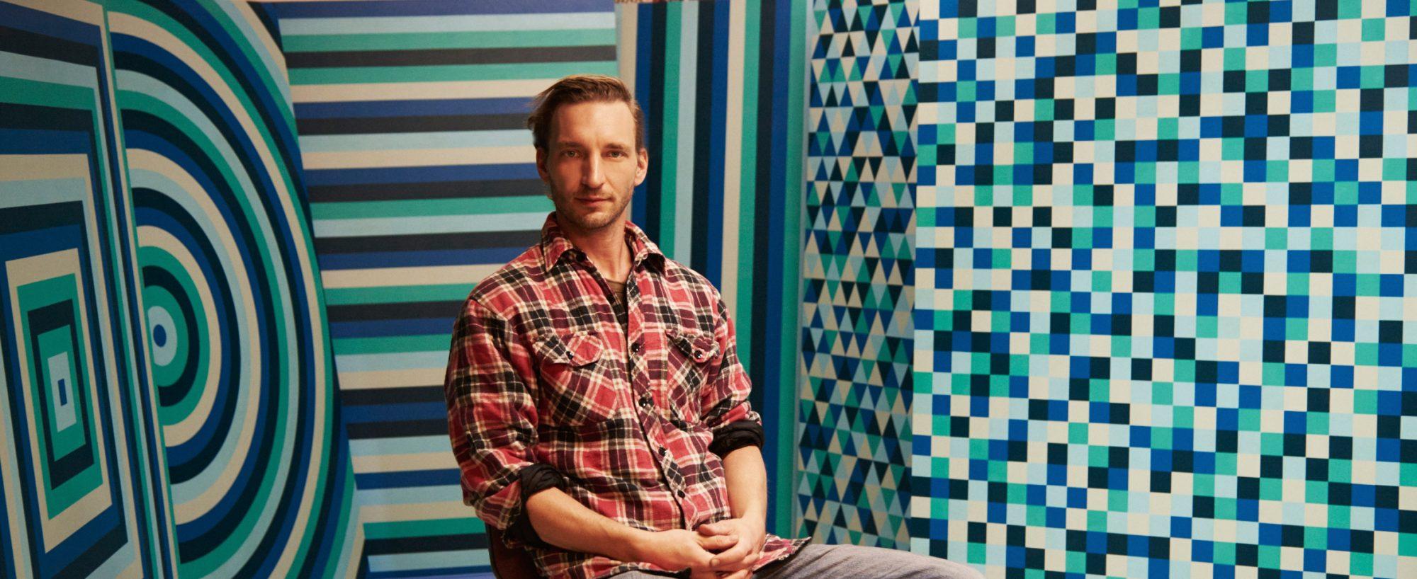 Blaues Thema - Portraitfoto mit Werken